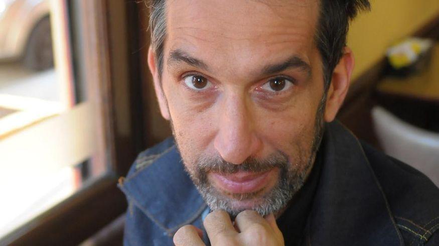 """Diego Frenkel: """"El lenguaje popular y musical cambió tanto, que me resultó necesario plegarme a las tendencias"""" - Radio Cantilo"""