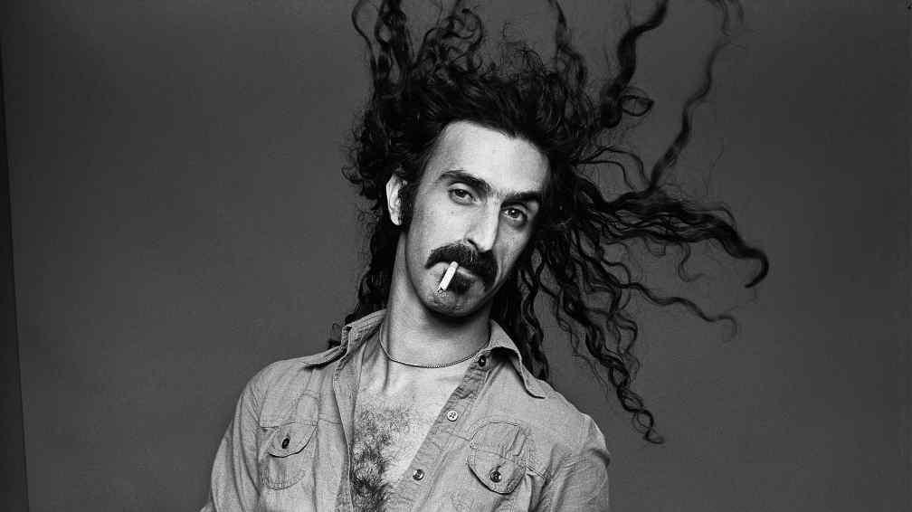 A 26 años del fallecimiento de Frank Zappa - Radio Cantilo