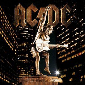 """20×20: """"Stiff Upper Lip"""", la entrada de AC/DC al """"nuevo milenio"""""""