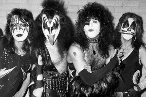 ¡Mirá el primer show de Kiss con el emblemático maquillaje!