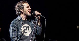 "Escuchá ""Dance of the Clairvoyants"", lo nuevo de Pearl Jam"