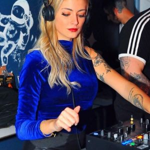 Tatiana Cabezas, la Dj española que pasó de la música religiosa al tech house ibérico
