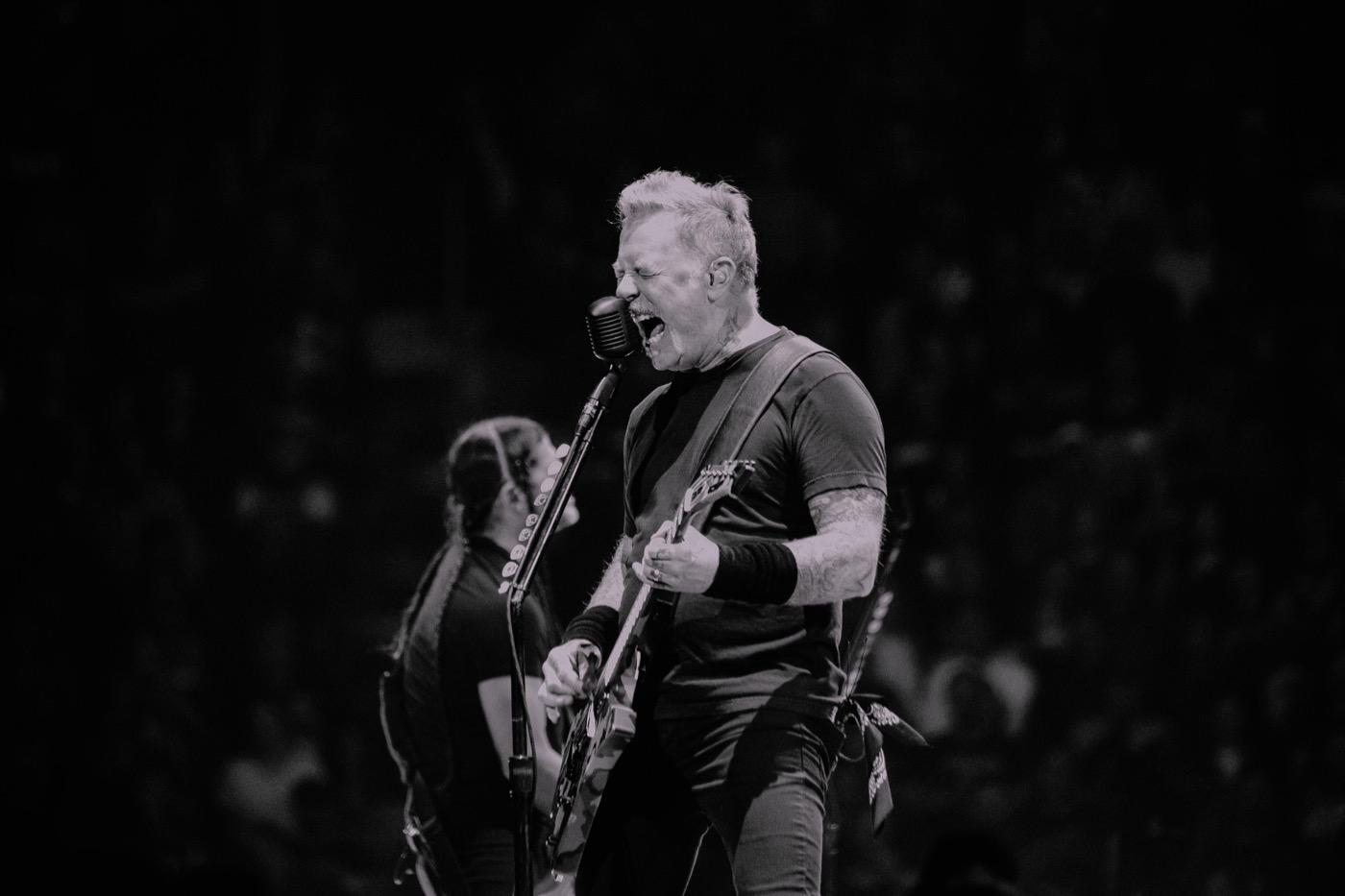James Hetfield de Metallica seguirá en rehabilitación - Radio Cantilo