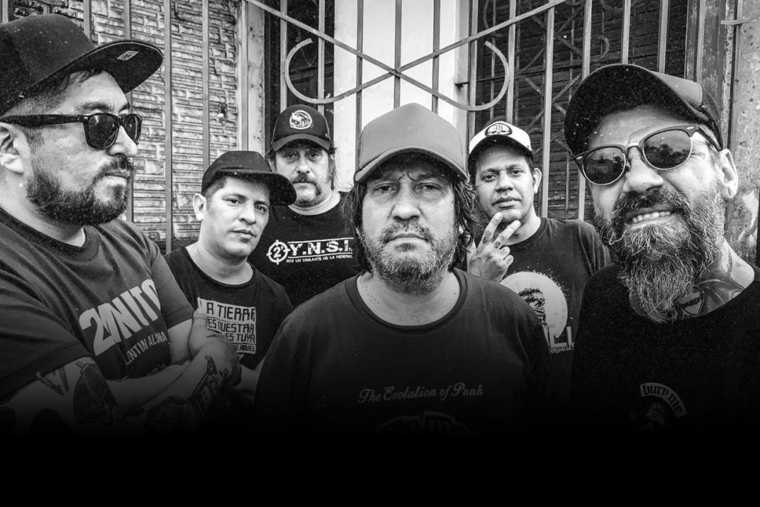 """#LosLibrosDeAle: """"Un Regalo del Diablo"""" de Walter Lezcano - Radio Cantilo"""