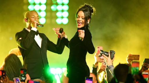 Rihanna prepara un éxito: Confesó que está trabajando con Pharrell Williams para su próximo álbum - Radio Cantilo