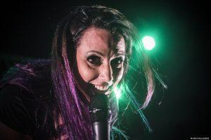 Luciana Segovia lanzó su primer single como solista
