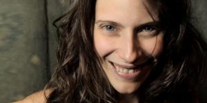 """Elena Roger: """"La mujer vuelve a nacer después de tantas muertes que ha tenido"""""""