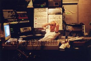 Aplacá la ansiedad con estos 800 documentales sobre música electrónica