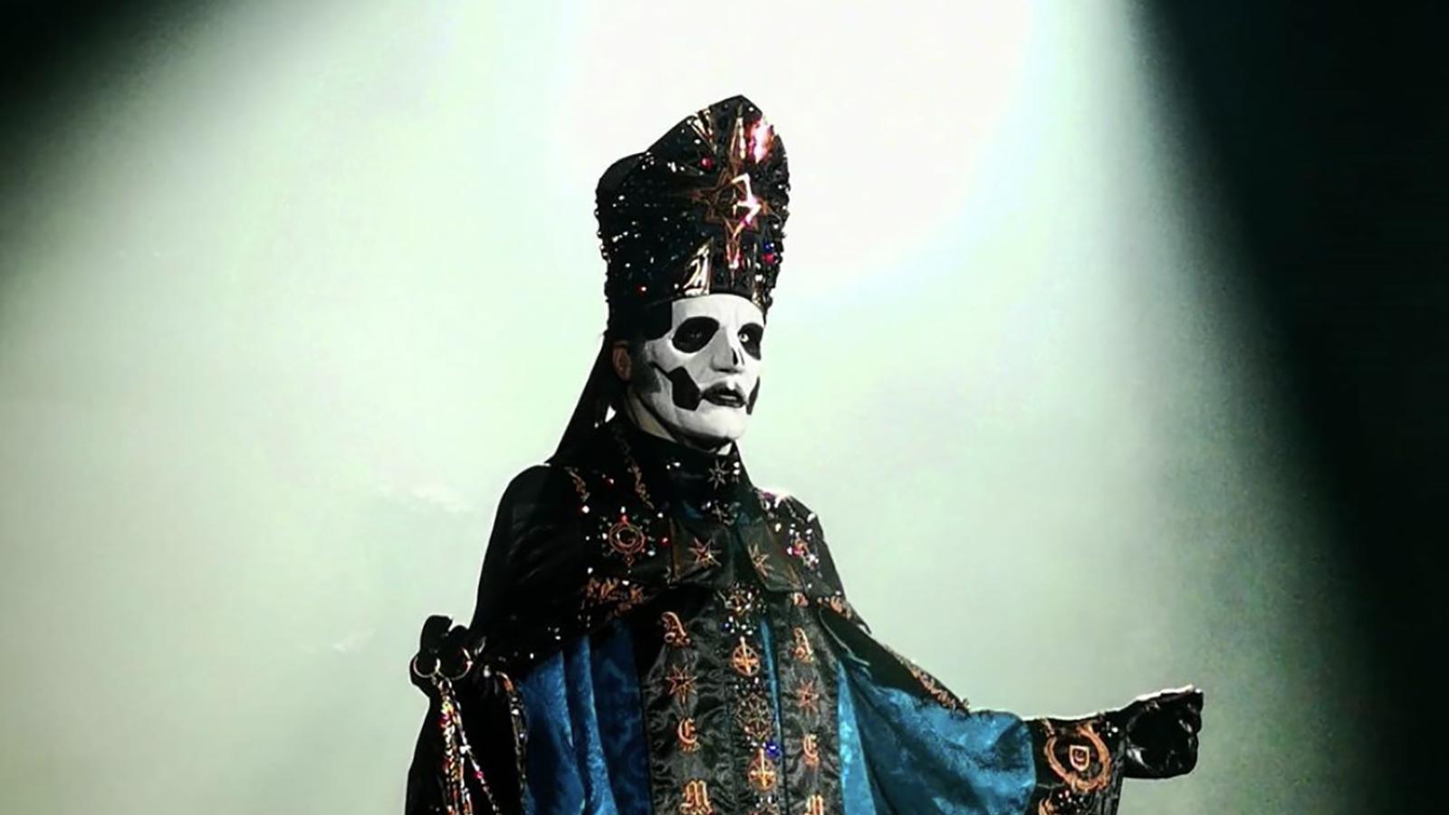 Golgo, el artista detrás del traje papal de Ghost - Radio Cantilo