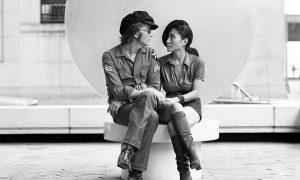 """""""Above Us Only Sky"""": la reinvención de John Lennon como artista y humano"""