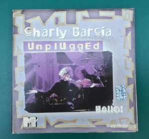 "#DiscosEnCuarentena: ""Hello! MTV Unplugged"", Charly García"