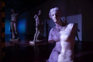 Día mundial del arte: a oscuras y en soledad