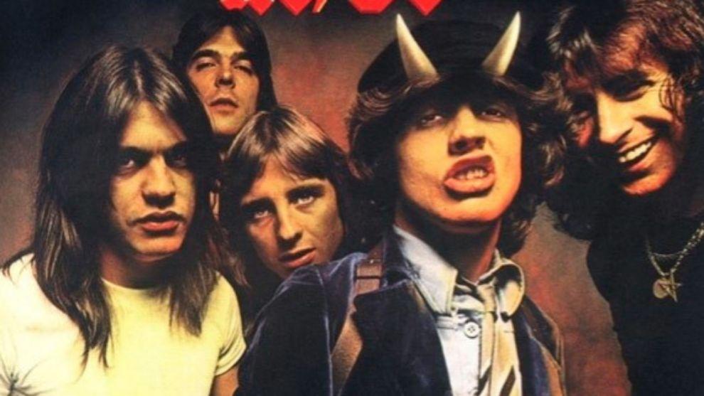 """Fundamentalismo Sanzo: """"Touch Too Much es una de las mejores 10 canciones de AC/DC"""" - Radio Cantilo"""