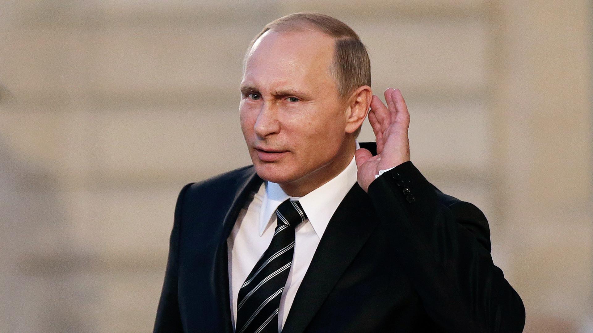 """Hinde Pomeraniec: """"Putin puede parecer un rústico, pero no lo es"""" - Radio Cantilo"""