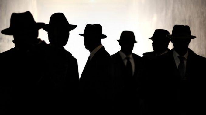 """Partes Mínimas: """"Una de detectives"""" - Radio Cantilo"""