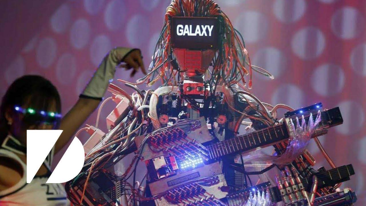 """Partes mínimas: """"Música de robots"""" - Radio Cantilo"""