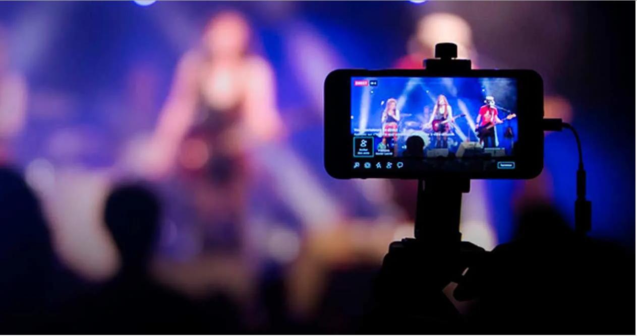 Los músicos vislumbran un año sin tocar ¿El show por streaming jugará de reemplazo? - Radio Cantilo