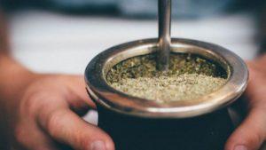 Hábitos de cuarentena: La yerba mate y un pico histórico de su consumo