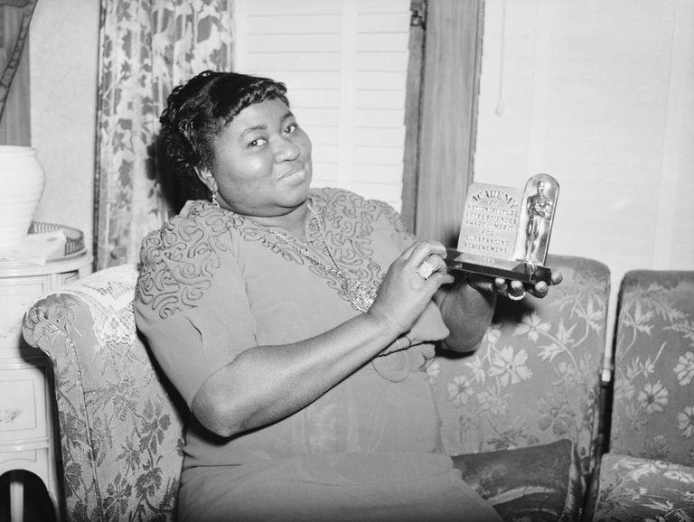 """""""Números Redondos"""": A 80 años del primer Óscar a una actriz afroamericana (y su trágica historia) - Radio Cantilo"""
