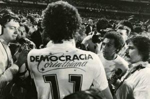 Deporte con historia: La Democracia Corinthiana y una puerta a la libertad