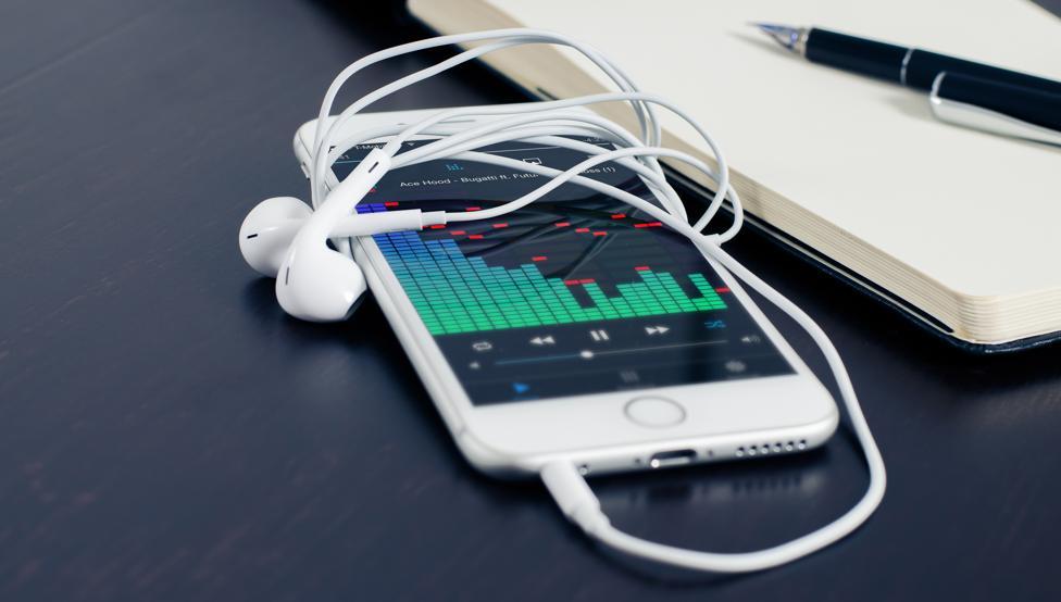 ¿Estás buscando música nueva? Escuchá las novedades de Hagan Correr La Voz - Radio Cantilo