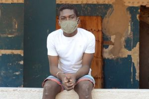 """""""El mundo en pausa"""": un corto sobre la vida en la pandemia"""