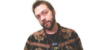 Tom Meighan de Kasabian fue condenado por violencia doméstica