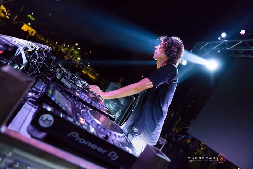 Entrevista con Javier Bussola, el dj del pueblo - Radio Cantilo