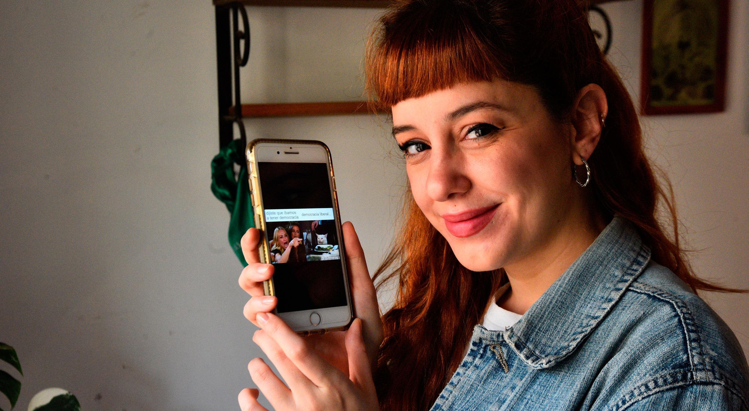 Pupina Plomer, la historiadora que enseña con memes - Radio Cantilo